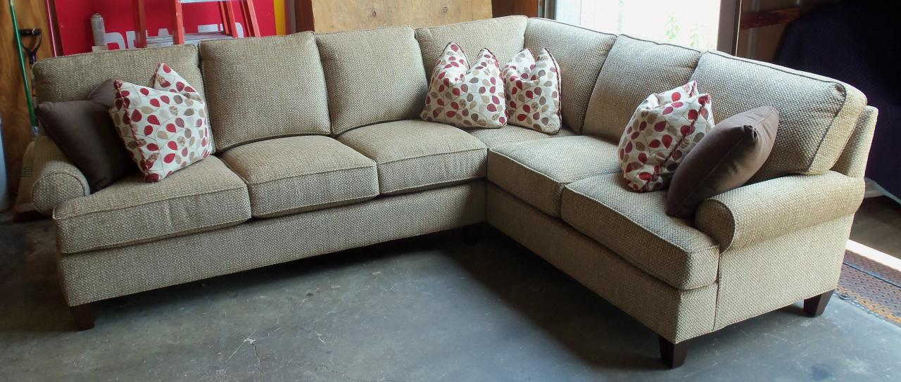 king hickory chatham sectional