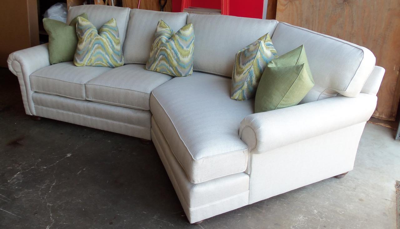 King hickory sofa prices king hickory thesofa for Sectional sofa hickory chair